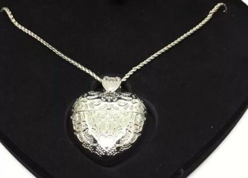 A Special Silver Necklace Flash Drive Heart